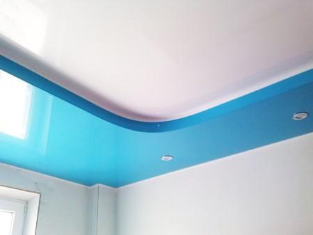 Натяжной потолок из ткани или ПВХ